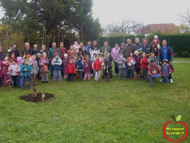 formation des enfants à l'arboriculture