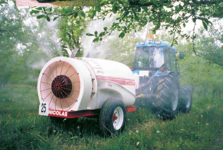 pulverisateur-a-jet-porte-traine-alize-1000-1500-2000-223484