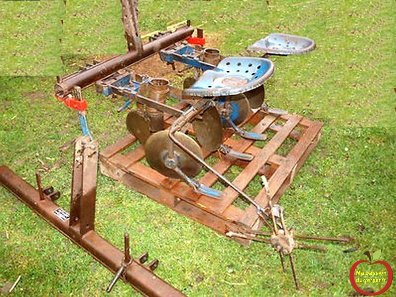 ancienne planteuse accord-kartoffelsetzmaschine-mit-taktschläger-