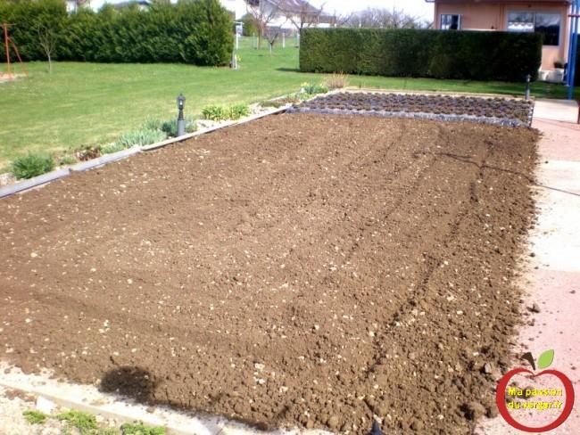 préparation du potager avant de semer. travaux au potager avant semis- fumure potager