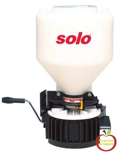 epandeur-à-engrais-et-sel de-déneigement- distributeur engrais pelouse ou gazon.