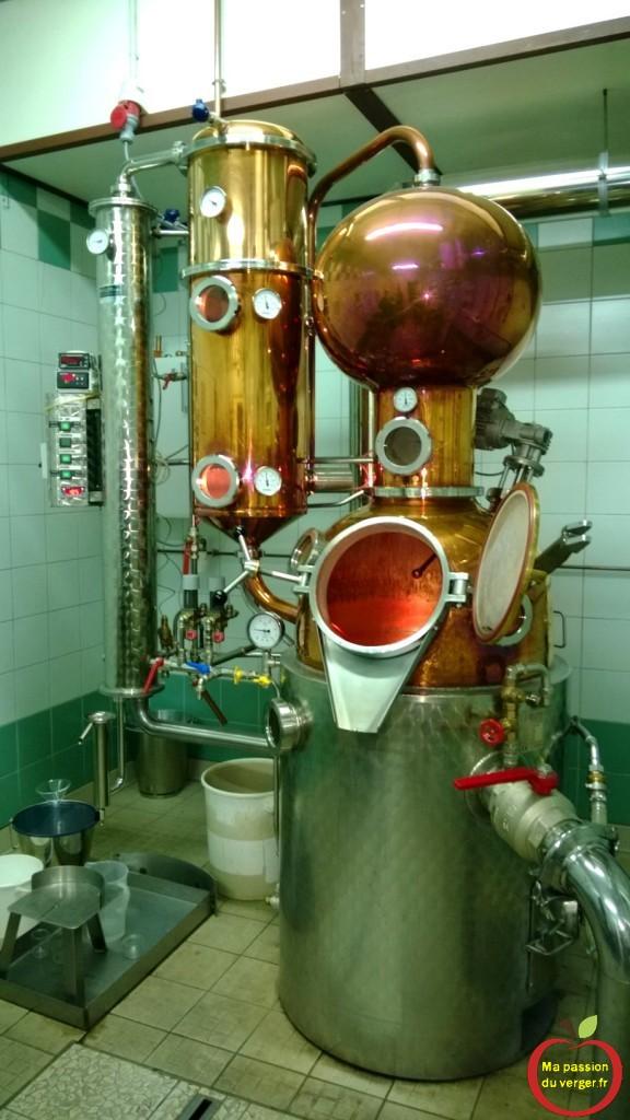 prix d'un alambic moderne- achat d'un alambic haut de gamme - comment faire une bonne distillation - la meilleur distillation possible