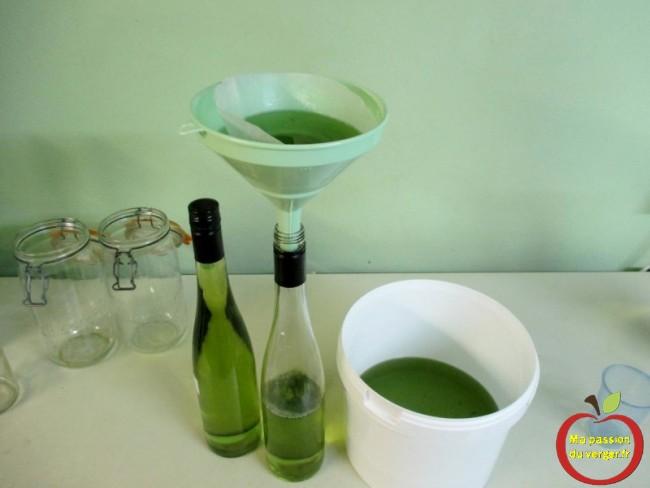 Comment filtrer la liqueur d'aspérule odorante