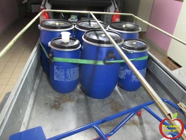 Préparation des fûts, pour la distillation
