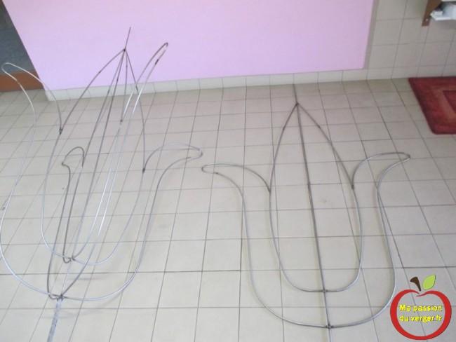 Fabrication d'une armature pour fruitier en tulipe à 4 branches en version 2D et 3D.