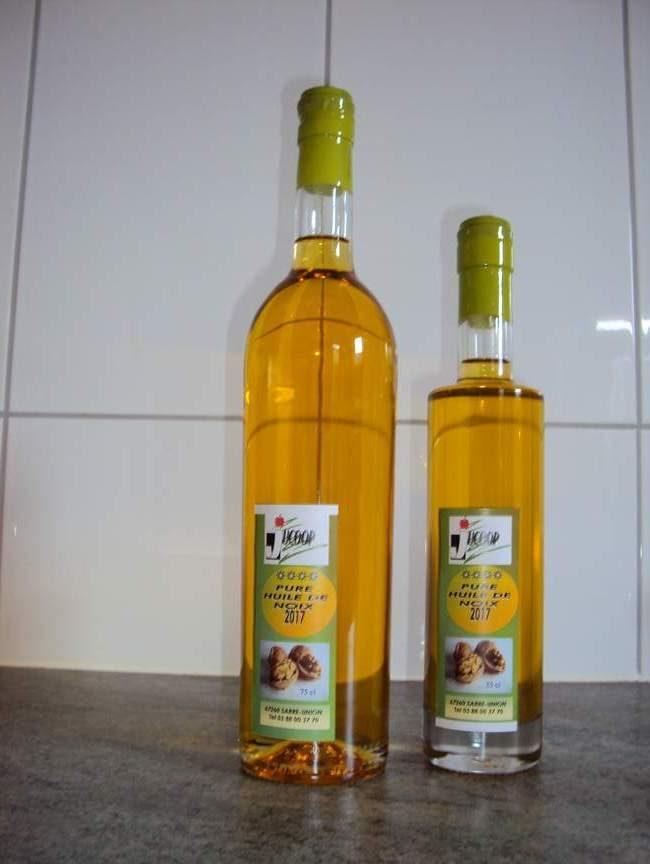 huile de noix bio- vente huile de noix pure- vente huile de noix artisanale bio- Vente d'huile de noix Jucoop- huile artisanale- pure huile de noix bio- huile de noix d'Alsace- retro huile de noix- pressage huile de noix- atelier huile de noix
