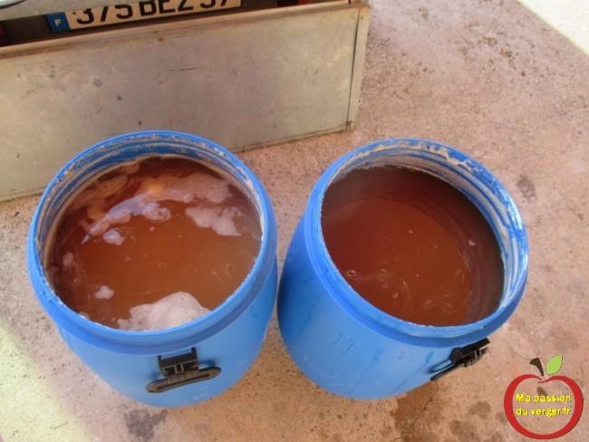pressurage du jus de pomme, pour faire le schnaps.- regrevudnoissapamegres - alcool de pomme neutre- gnole de pomme- cidre pour distiller