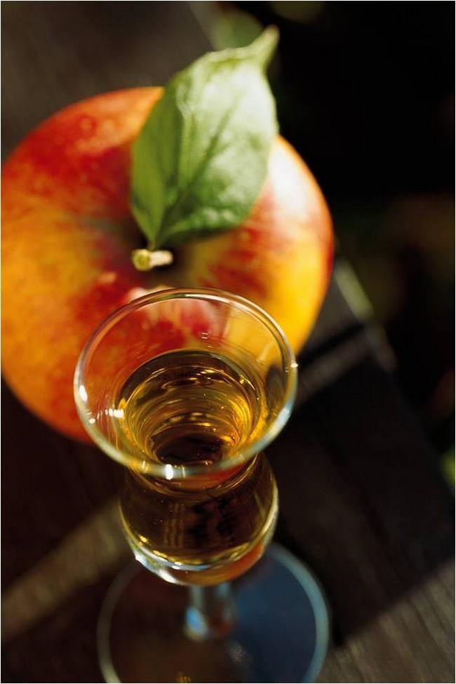 eau-de-vie de pommes