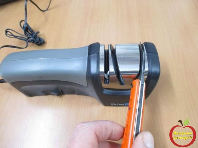 couteau de greffage qui coupe