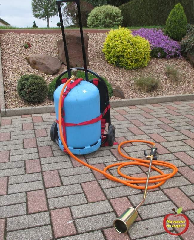 brûleur thermique professionnel - brûleur thermique pour désherbage- chalumeau pour désherbage - désherbage bio- désherbage thermique.
