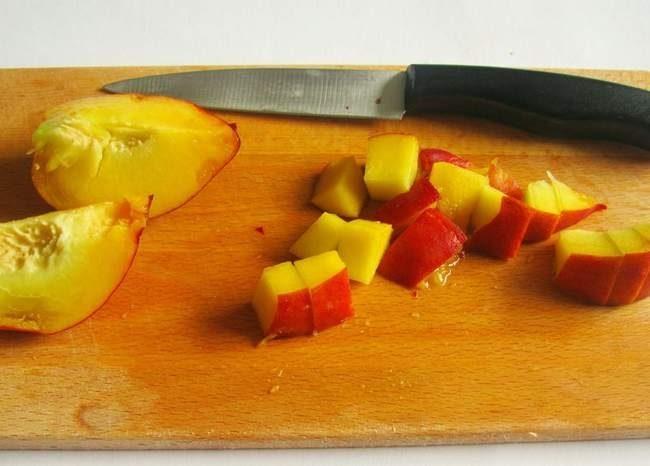 comment-enlever-le-noyau-de-peches-et-nectarines