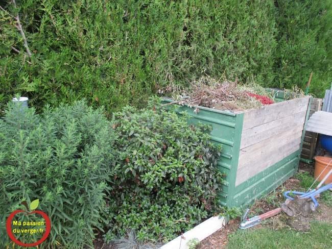 Bac à compost - construire un bac à compost en tôle- réaliser un grand bac à compost - faire un bac à compost-