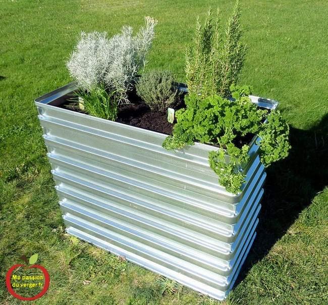 Bac pour potager permaculture terrasse- potager permaculture pour balcon-bac potager sur balcon- bac potager surélevé pour terrasse-