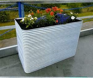 Bac pour potager balcon-potager pour terrasse- permaculture sur balcon et terrasse-bac potager en carré pour terrasse- planter légume bio sur terrasse- planter légumes sur balcon -bac pour potager terrasse en tôle