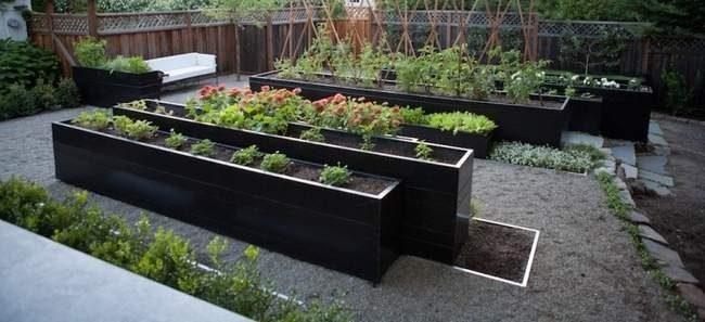 Bacs potager pour restaurant- bacs potager aluminium- grands bacs potager permaculture- bacs potager carré- potager carré en bois