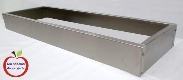 bacs potager carré taille basse- bacs pour bordures- La hauteur de 155 mm (taille basse) est utilisée pour faire un potager en carré bas et en plantation traditionnelle. Ces bacs (en taille basse), peuvent également être utilisés pour réaliser des bordures d'une plantation d'ornement, qui tient tout seul et qu'il suffit de poser et remplir. Cette hauteur de 155 mm va encore servir de rehausse pour les potagers surélevés, les jardinières, pour vous permettre de réaliser la hauteur que vous souhaitez