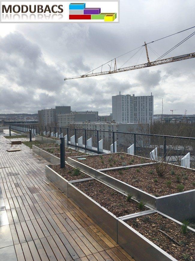jardinière alu pour terrasse en bois- jardinière pour poser sur le bois- jardinière aluminium pour terrasse- bacs alu pour terrasse en bois- pots pour terrasse en bois- plantation sur terrasse en bois.- Modubacs-